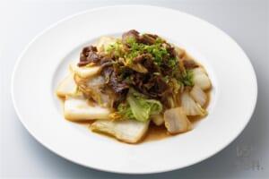 糸こんにゃくと白菜のすき焼き風