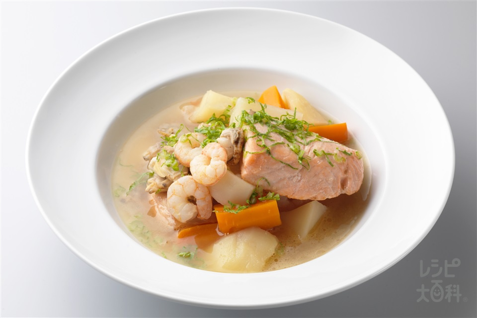 魚介類のポトフ(さけ+シーフードミックスを使ったレシピ)