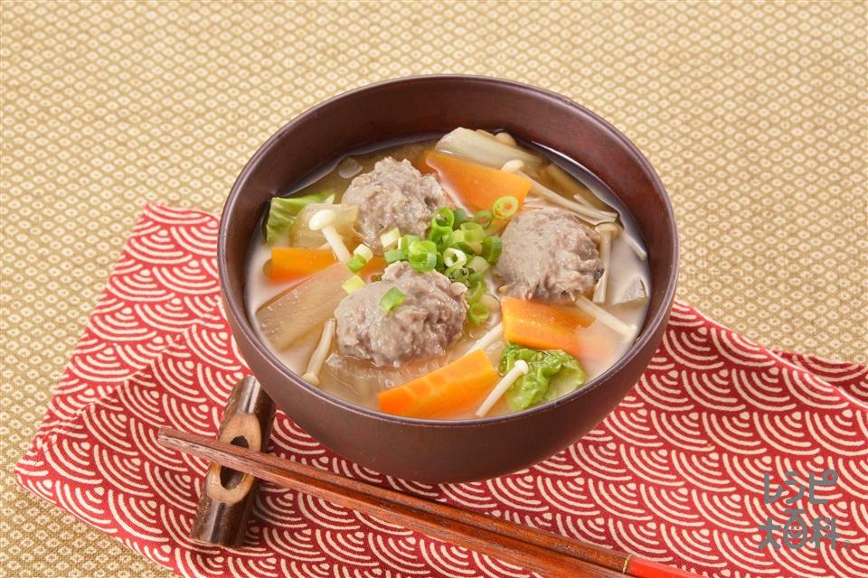 具たっぷりいわし団子のみそ汁(大根+白菜を使ったレシピ)