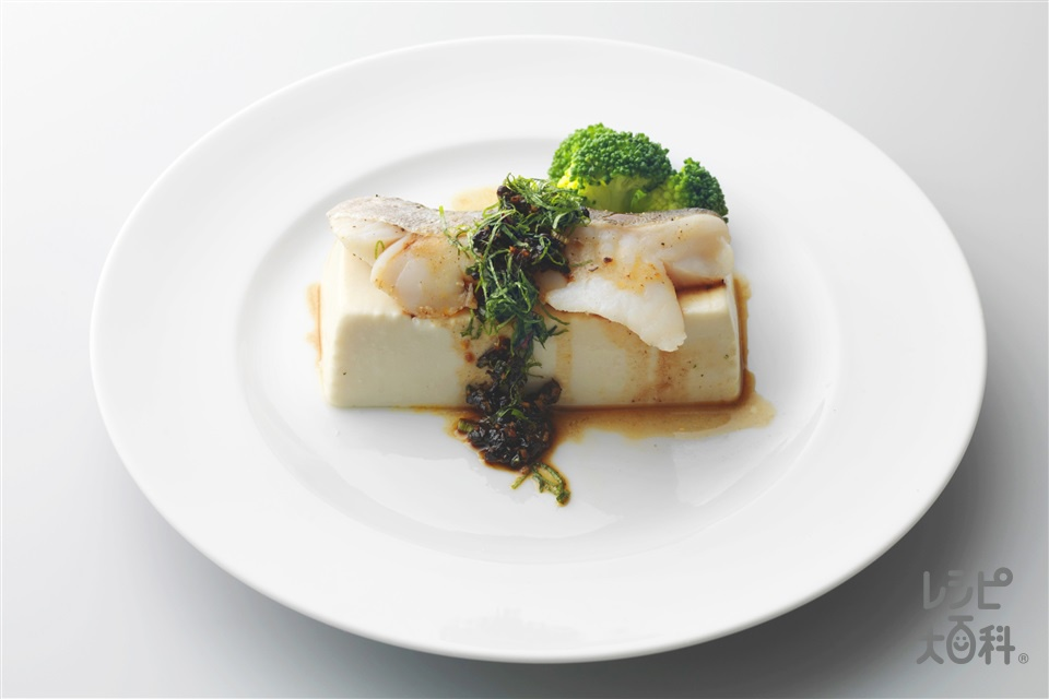 たらの蒸しもの 豆チソース(たら+絹ごし豆腐を使ったレシピ)