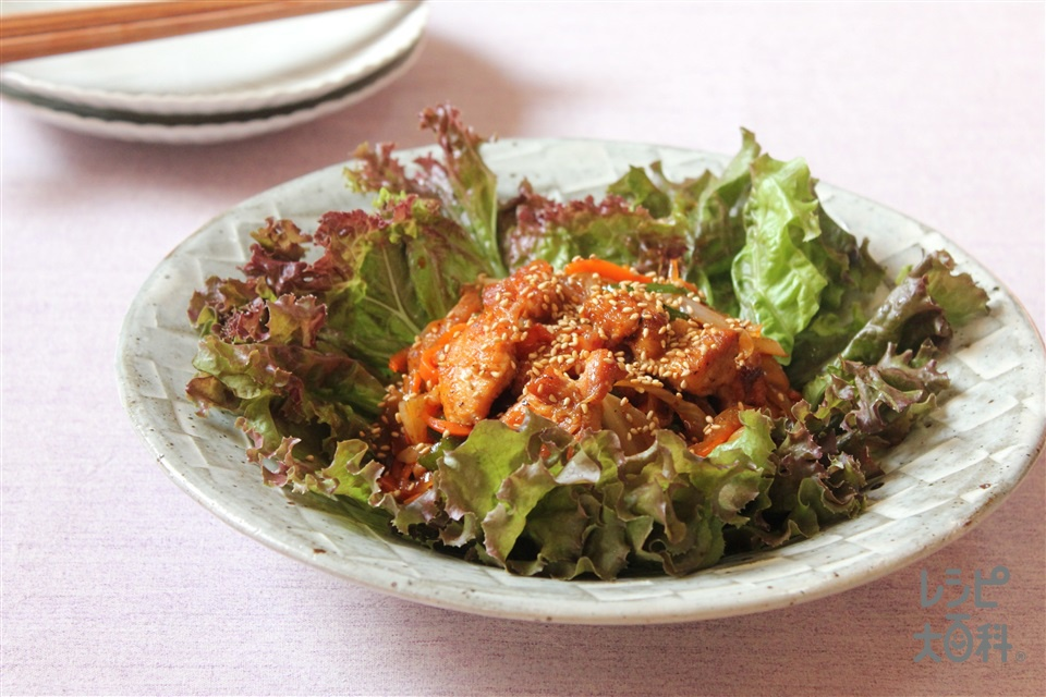 プルコギ風ピリ辛鶏(鶏もも肉+玉ねぎを使ったレシピ)