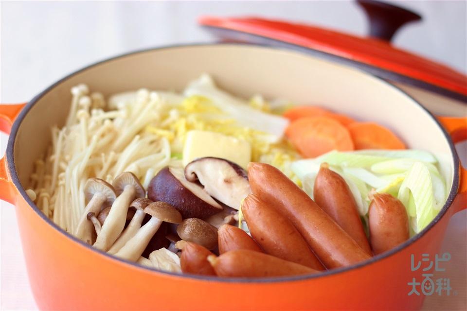 きのことソーセージのミルク鍋(白菜+牛乳を使ったレシピ)