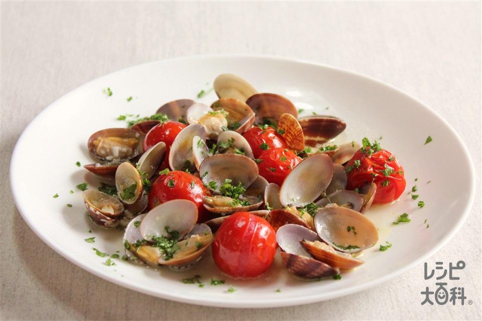あさりとトマトのガーリック蒸し(あさり(殻つき)+ミニトマトを使ったレシピ)