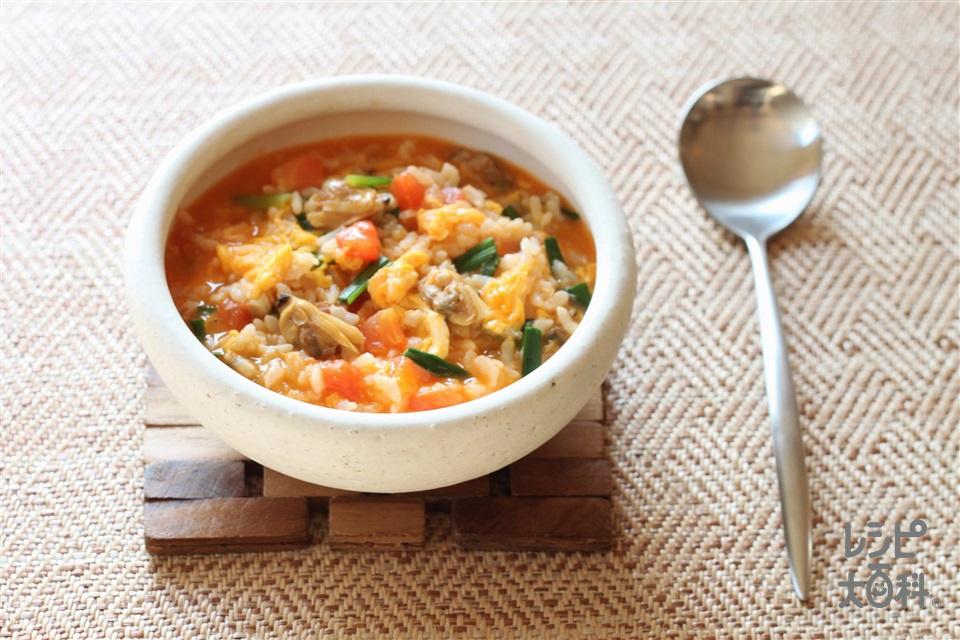 あさりとトマトのキムチ雑炊(ご飯+トマトを使ったレシピ)