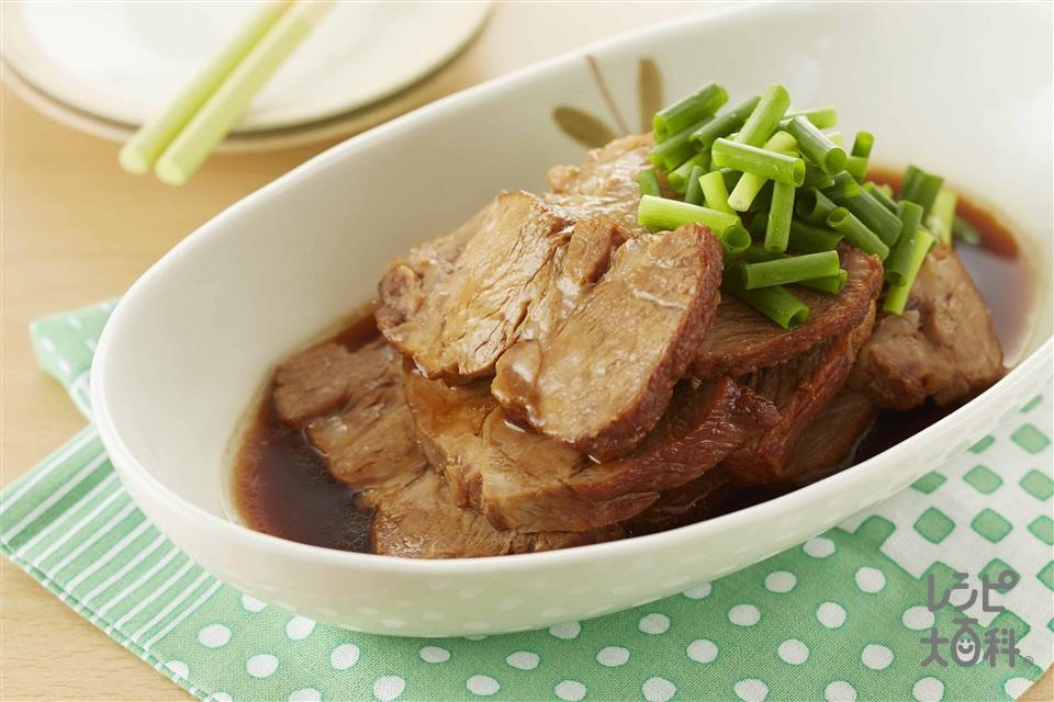 煮豚(豚肩ロースかたまり肉+しょうがの薄切りを使ったレシピ)