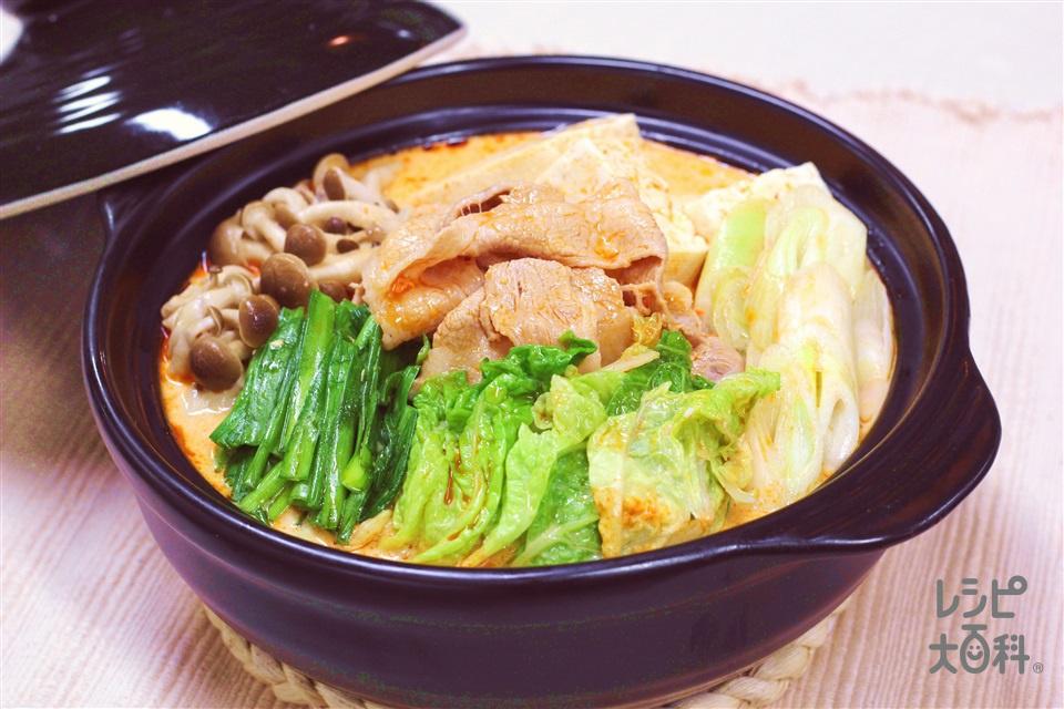 キムチ豆乳鍋(白菜+豆乳(無調整)を使ったレシピ)
