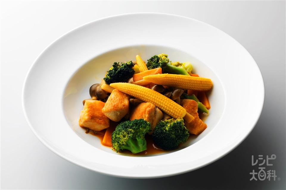 鶏と野菜のケチャップ炒め(鶏むね肉+ヤングコーンを使ったレシピ)