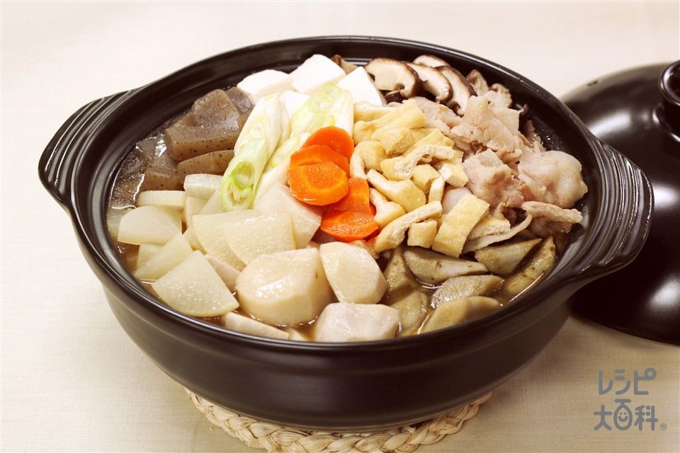 こしね汁風鍋(豚バラ薄切り肉+こんにゃくを使ったレシピ)