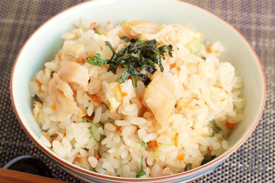 帆立の炊き込みご飯(米+帆立貝柱の水煮缶(小)を使ったレシピ)