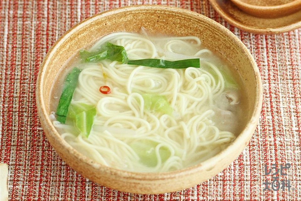 簡単濃厚もつ鍋シメラーメン(中華めんを使ったレシピ)