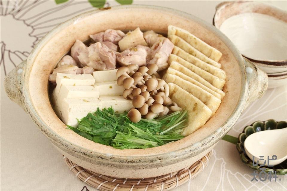 水菜のゆずこしょう鍋(鶏もも肉+木綿豆腐を使ったレシピ)