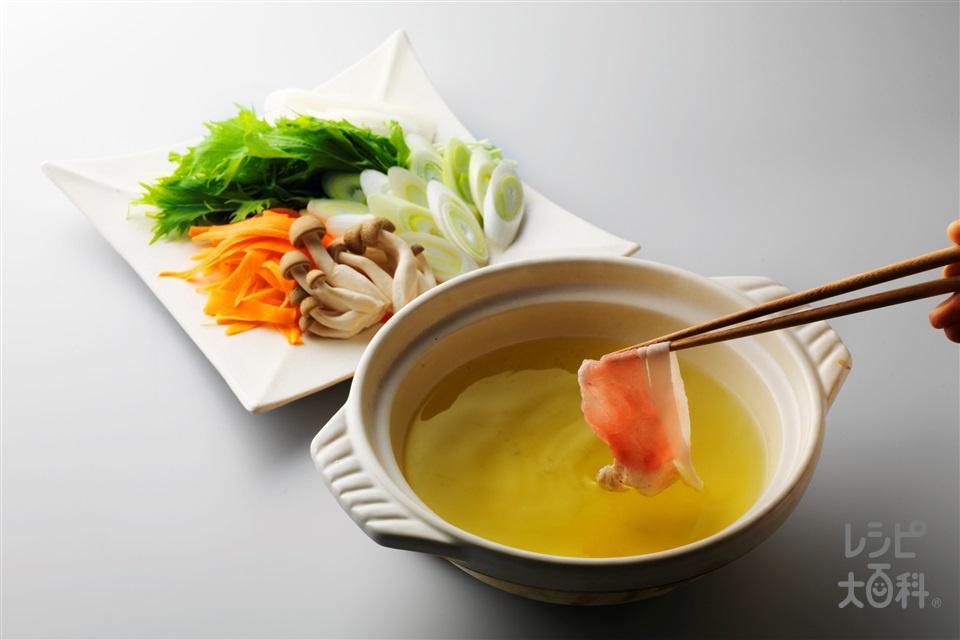 豚ロースの緑茶しゃぶしゃぶ(豚ロースしゃぶしゃぶ肉+長ねぎを使ったレシピ)