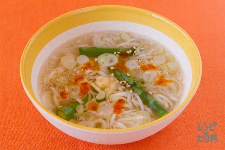 アスパラとネギの中華風スープ