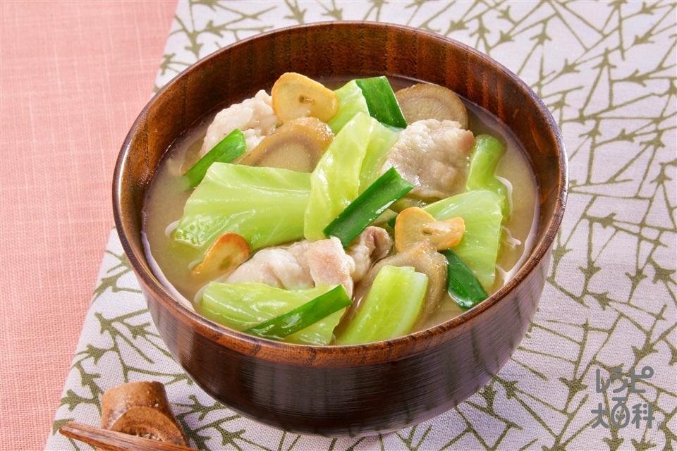 スタミナ絶品豚汁(豚バラ薄切り肉+キャベツを使ったレシピ)
