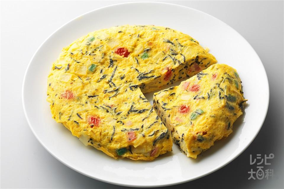 ひじき入り和風フライパンオムレツ(卵+じゃがいもを使ったレシピ)