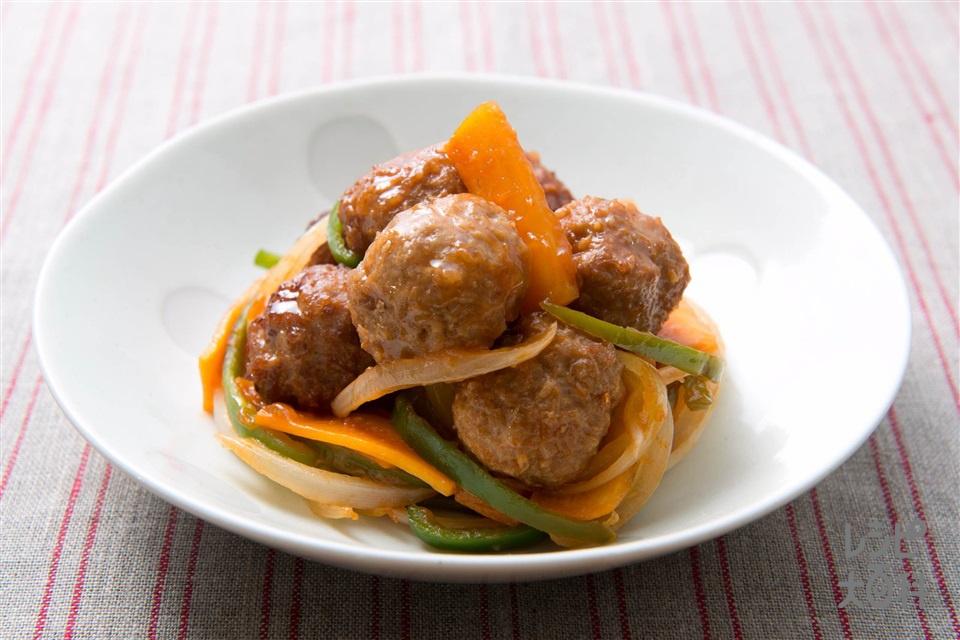 肉団子の酢豚風(玉ねぎ+にんじんを使ったレシピ)