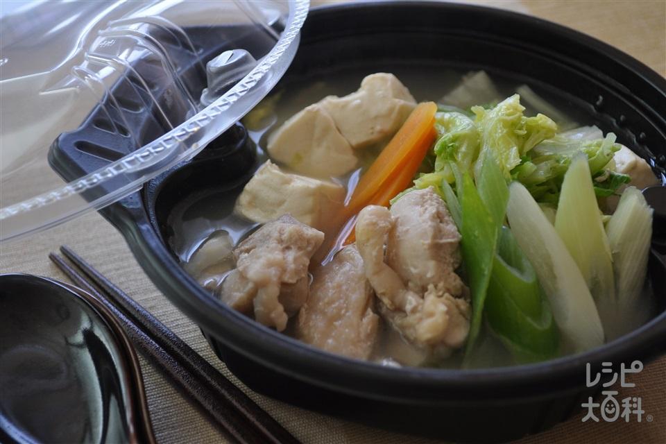 電子レンジで1人分 鶏だし・うま塩鍋(鶏もも肉+白菜を使ったレシピ)