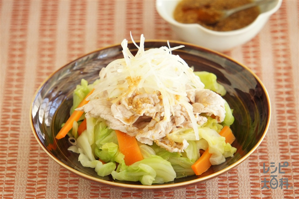 温野菜豚しゃぶサラダ(豚しゃぶしゃぶ用肉+キャベツを使ったレシピ)
