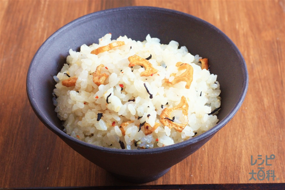 「トスサラ」で混ぜちらし寿司風~京風ゆず味~(米+「Toss Sala」サラダチキンとレタスの京風ゆずサラダ用を使ったレシピ)