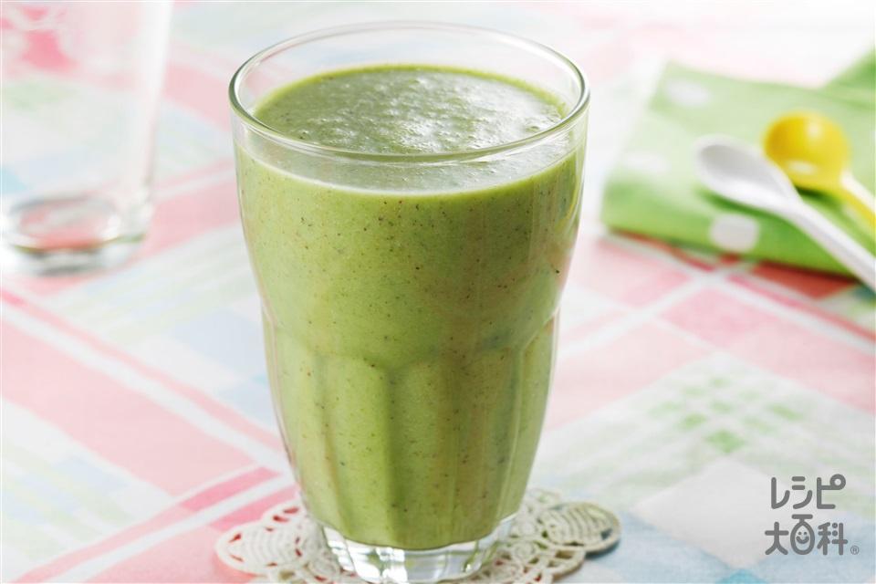 緑スムージー(キウイ+プレーンヨーグルトを使ったレシピ)