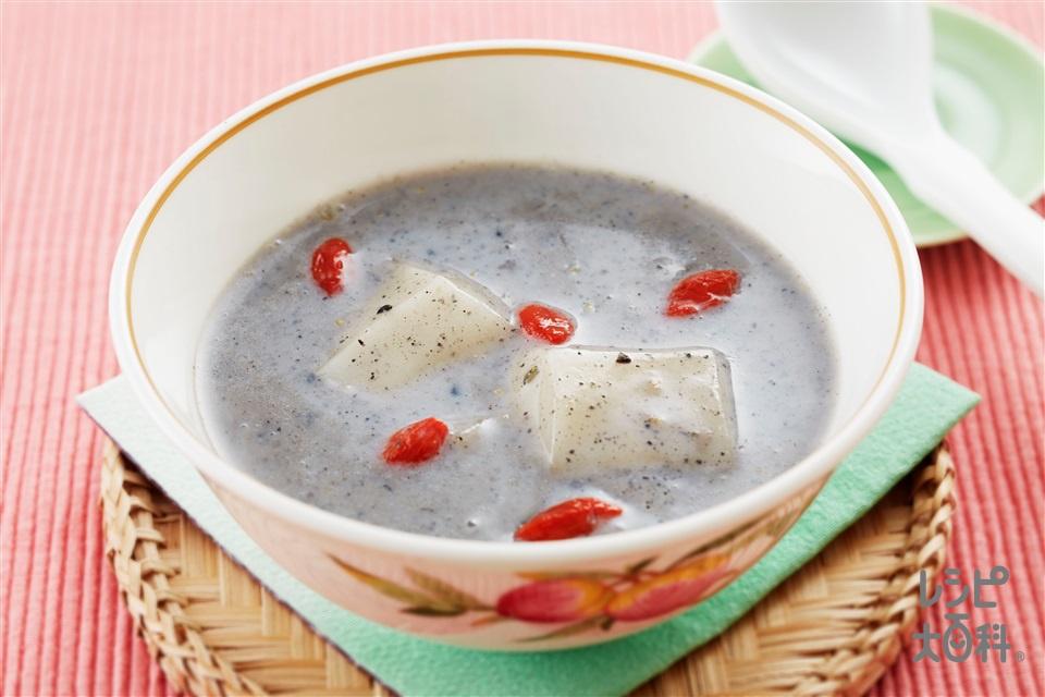 アジアン黒ごま汁粉(切り餅+牛乳を使ったレシピ)