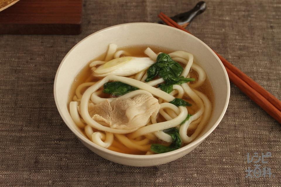 豚肉とほうれん草の鍋シメうどん(冷凍うどんを使ったレシピ)