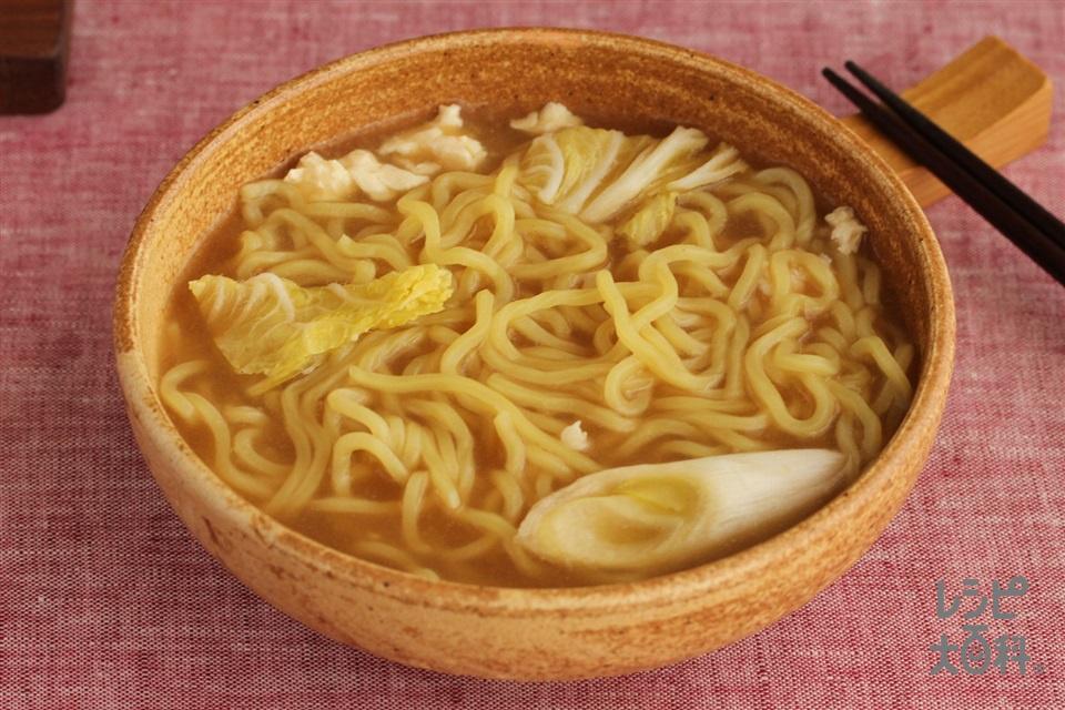 中華風肉団子鍋シメラーメン(中華めん+「Cook Do 香味ペースト」<オイスター醤油味>を使ったレシピ)