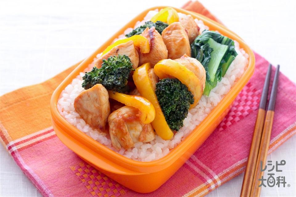 スパイシー鶏チリソース丼(鶏むね肉+ブロッコリーを使ったレシピ)
