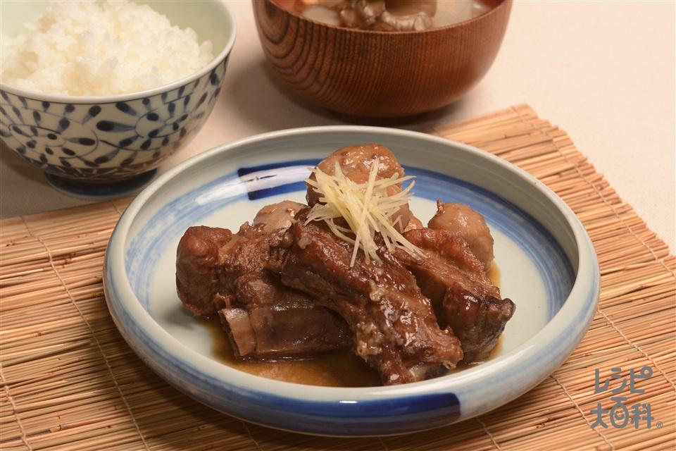 黒豚とんこつと里芋の甘辛煮(豚骨つきバラ肉+里いもを使ったレシピ)