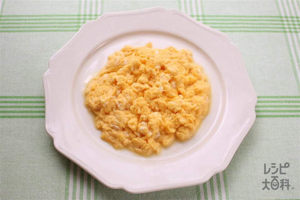 半熟スクランブルエッグ(卵+A牛乳を使ったレシピ)