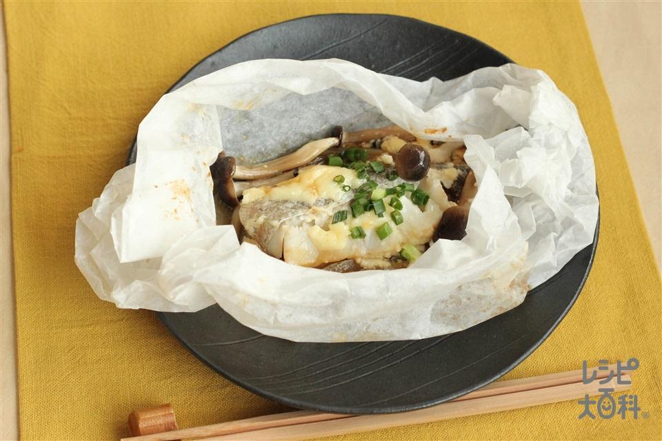 銀だらのマヨネーズ蒸し(電子レンジ)(銀だら(切り身)+玉ねぎを使ったレシピ)