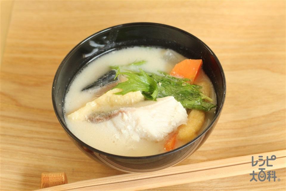 鰤の粕汁(ぶり(切り身)+大根を使ったレシピ)
