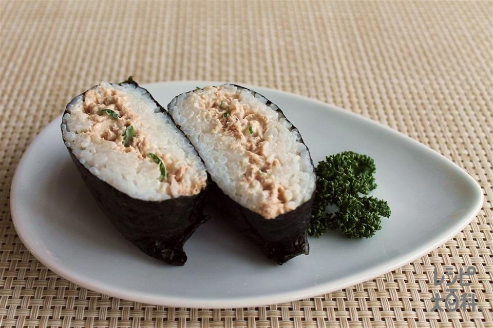 おにぎらず ツナわさび(ご飯+ツナ油漬缶を使ったレシピ)