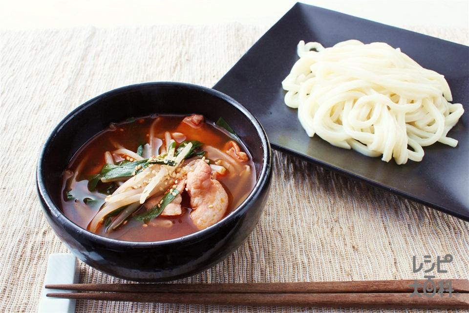 うま辛キムチつけうどん(うどん+豚バラ薄切り肉を使ったレシピ)