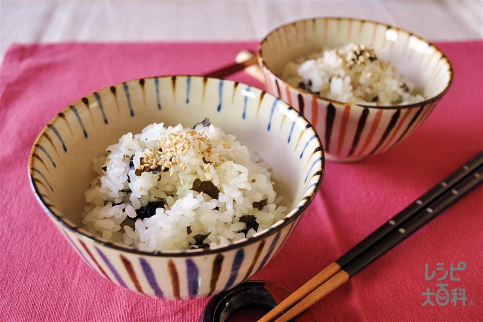 うま塩わかめご飯(米+カットわかめ(乾)を使ったレシピ)