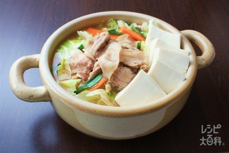 カット野菜と豚肉の鍋
