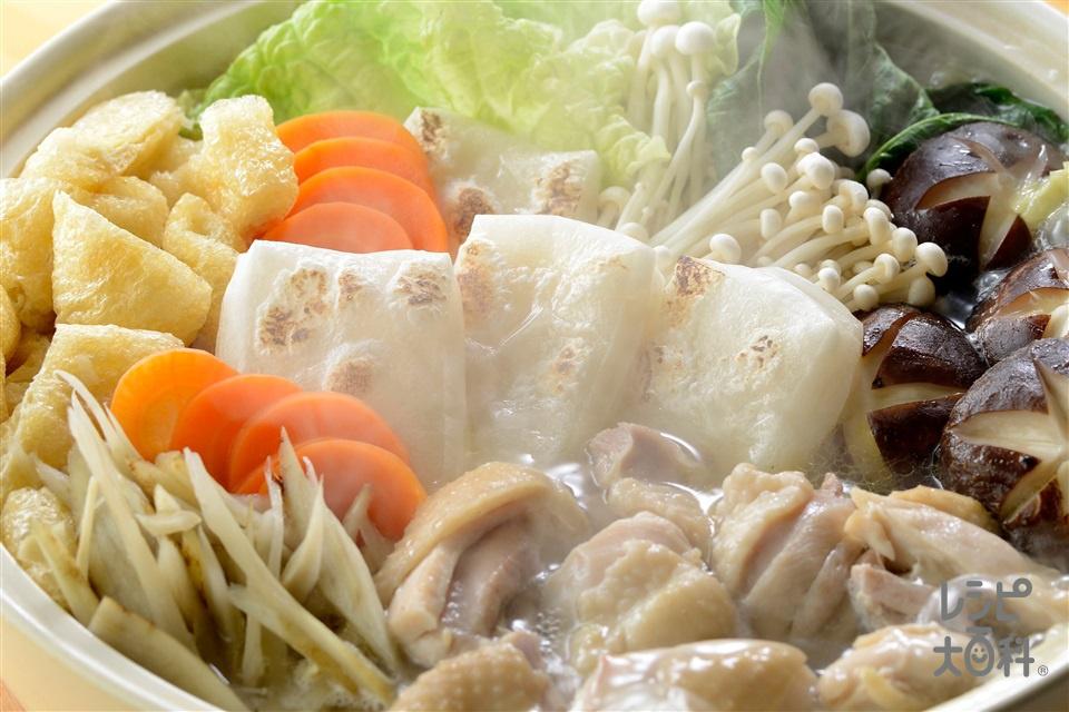 うま塩ちゃんこ力鍋(切り餅+鶏もも肉を使ったレシピ)