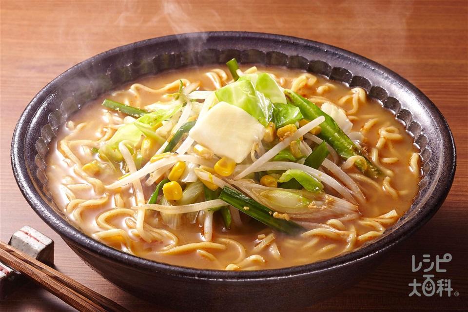 味噌ラーメン(中華めん+キャベツを使ったレシピ)