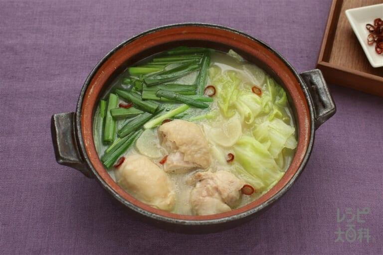 鶏とキャベツの白湯鍋