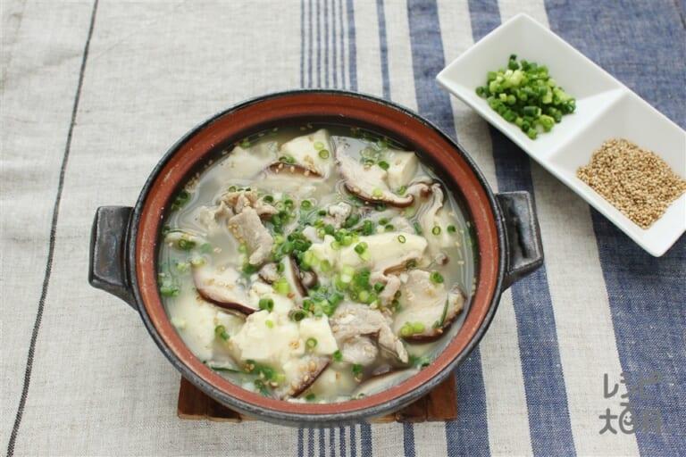 くずし豆腐と豚こまの薬味鍋
