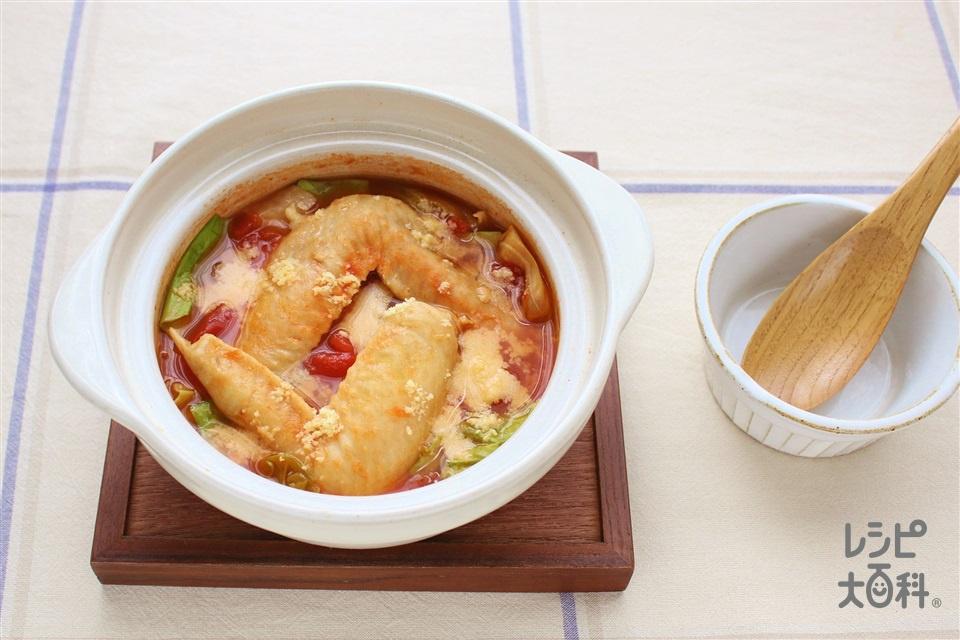 鶏手羽・キャベツのトマト鍋