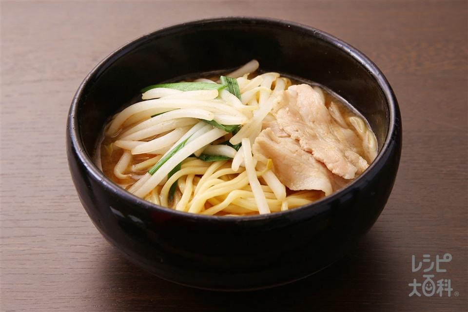 とんこつ味噌鍋のシメラーメン