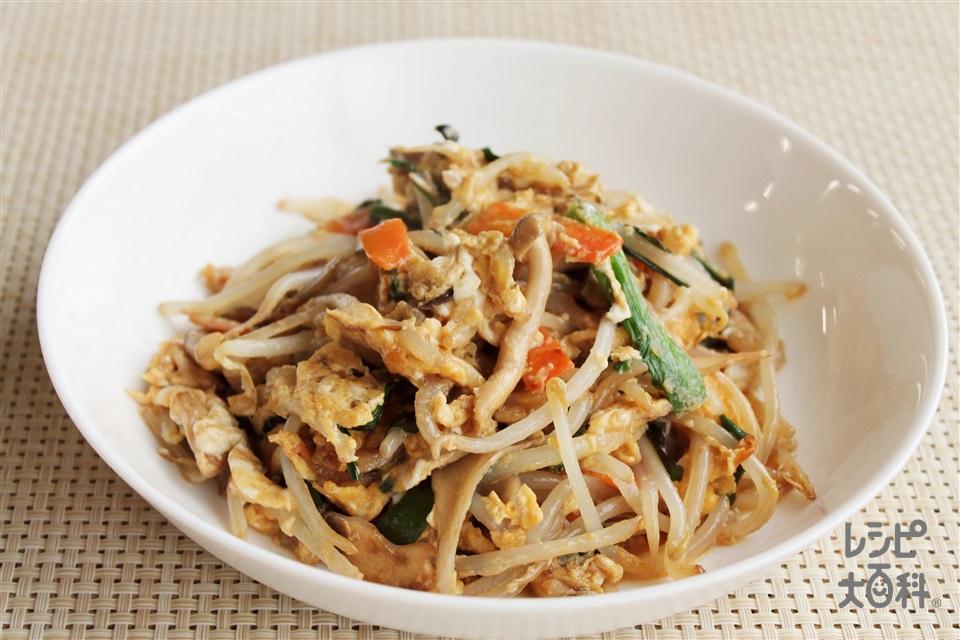 豚肉とカット野菜炒め(醤油味)(豚こま切れ肉+袋入りカット野菜(もやしミックス)を使ったレシピ)