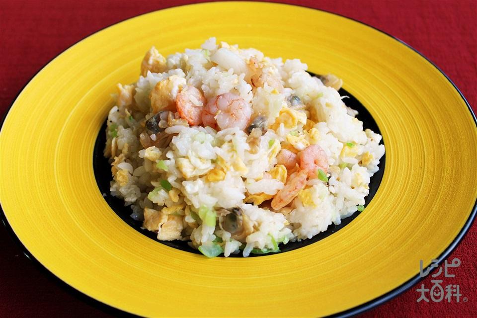 シーフード炒飯(ご飯+シーフードミックスを使ったレシピ)