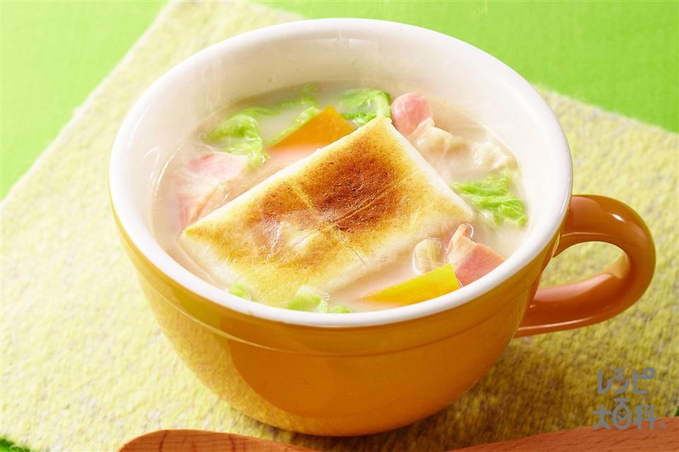 洋風クリーム雑煮(切り餅+牛乳を使ったレシピ)