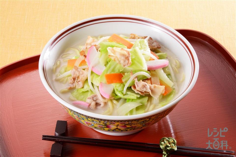 「鍋キューブ」で簡単ちゃんぽん(蒸しチャンポンめん+キャベツを使ったレシピ)
