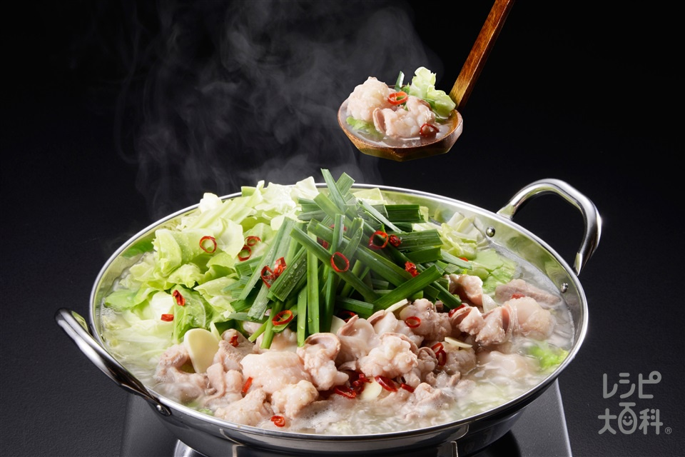 「鍋キューブ」で簡単もつ鍋(うま塩味)(牛モツ+キャベツを使ったレシピ)