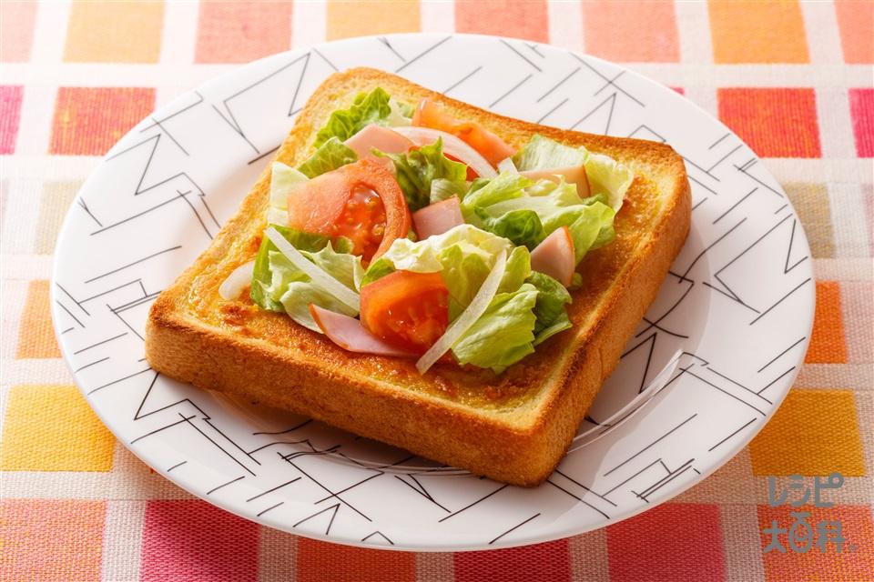 カレーマヨのサックリサラダトースト(食パン6枚切り+レタスを使ったレシピ)