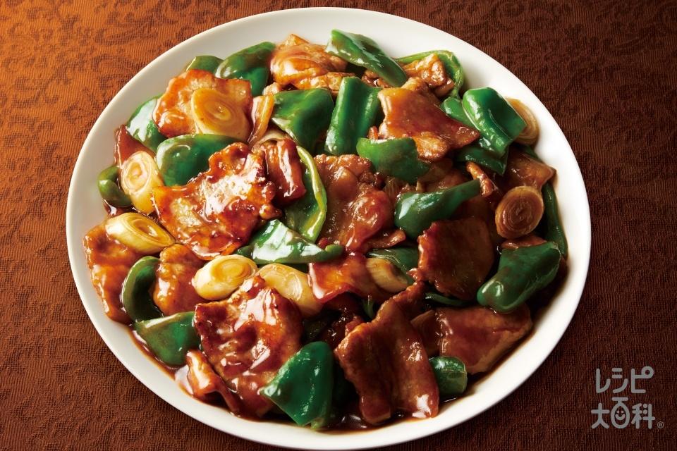 豚肉の黒酢炒め(豚バラ薄切り肉+ピーマンを使ったレシピ)