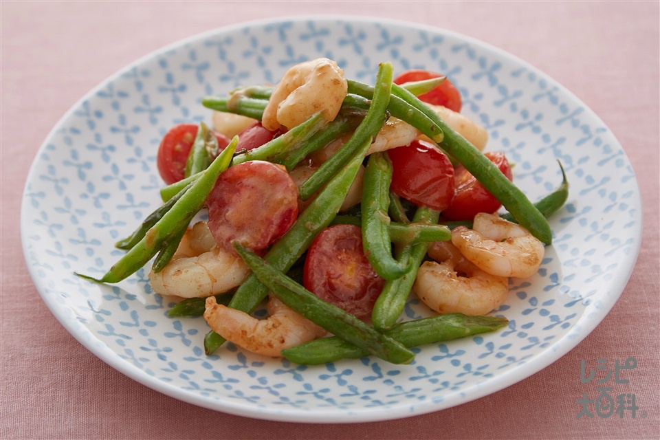 エビとインゲンのトマト豆乳炒め (むきえび+さやいんげんを使ったレシピ)